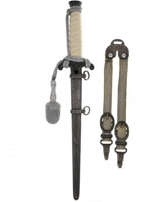 © DGDE GmbH - Army Officer's Dagger with Deluxe Hangers - Eickhorn Solingen