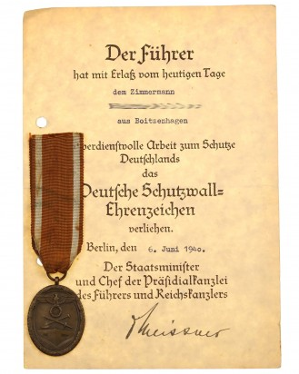&copy DGDE GmbH - German West Wall Medal with Award Document