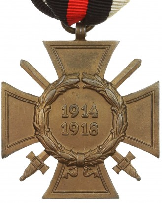 &copy DGDE GmbH - German Cross of Honor with swords 1914-1918 by L. NBG.