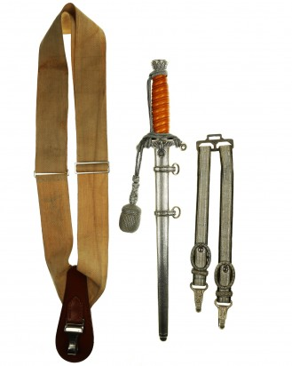 &copy DGDE GmbH - Army Officer's Dagger with Hangers by Carl Eickhorn Solingen