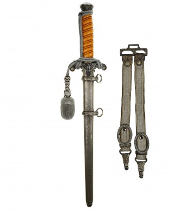 © DGDE GmbH - Army Officer's Dagger with Hangers by E. Pack & Söhne Solingen
