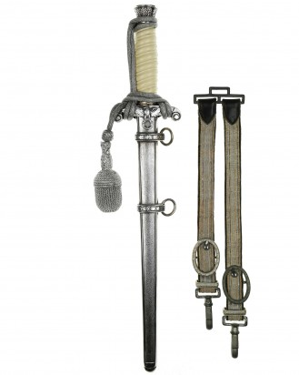 © DGDE GmbH - Army Officer's Dagger with Hangers by SMF Solingen