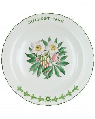&copy DGDE GmbH - Julfest 1942 des SS-Wirtschafts-Verwaltungshauptamtes - Allach