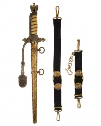 © DGDE GmbH - Navy Officer Dagger [2nd Model] with Hanger, Knot and Hammered Scabbard by F.W. Höller Solingen