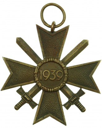 © DGDE GmbH - 2nd Class with War Merit Cross with Swords by 41