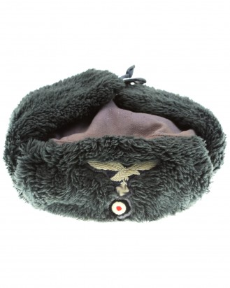 &copy DGDE GmbH - German Luftwaffe winter cap (Ushanka)