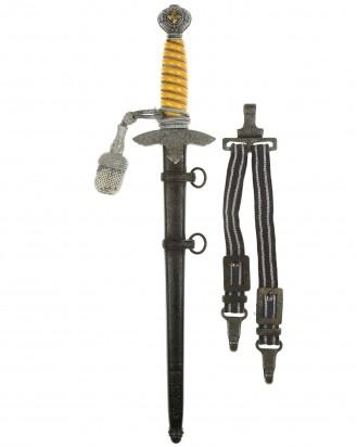 © DGDE GmbH - Luftwaffe Dagger [1937] with Hangers and Portepee by Eickhorn Solingen
