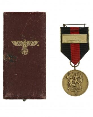 &copy DGDE GmbH - Medaille zur Erinnerung an den 1. Oktober 1938 im Etui