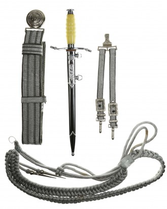 © DGDE GmbH - East German NVA Officers Dagger and Belt