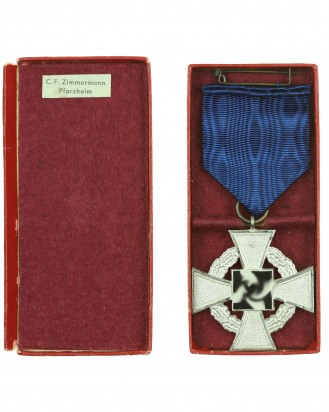 © DGDE GmbH - Faithful Service Medal 25 in a case by C. F. Zimmermann Pforzheim