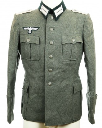 &copy DGDE GmbH - Army (Heer) Infantry Lieutenant (Leutnant) Officer's Tunic