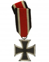 German 1939 Iron Cross 2nd Class - 113 (Hermann Aurich)