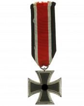 German 1939 Iron Cross 2nd Class - 106 (Gebrüder Schneider Wien)