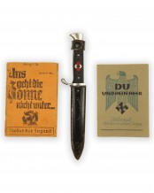 Hitler Youth Knife [Late-period] by RZM M7/33 (F.W. Höller Solingen)